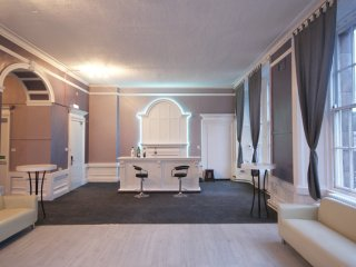 Princes Street Party Palace I 30 Beds Edinburgh Apartments - Edinburgh vacation rentals