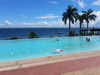 new Lux. 2BR condo-seaview -Beachaccess + 5 pools - Lapu Lapu vacation rentals