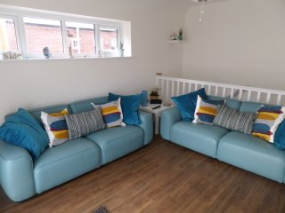Lovely Condo with Internet Access and Television - Budleigh Salterton vacation rentals