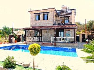 Stroumbi 3 Bed Villa - Private Pool - Sea Views - Stroumbi vacation rentals