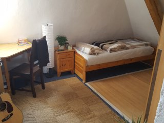 Cosy room in near center of munich! - Munich vacation rentals
