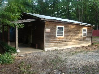 Farm Get Away Cabin at Whispering Hope Farm com - Gastonia vacation rentals