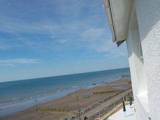 Dolphin Beach House - Tywyn vacation rentals