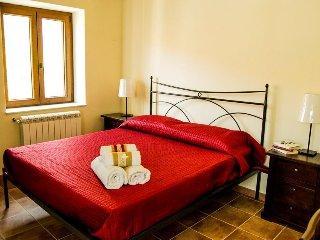 Adorable 4 bedroom Vacation Rental in Gangi - Gangi vacation rentals