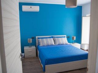 Cozy 2 bedroom Condo in Acitrezza - Acitrezza vacation rentals