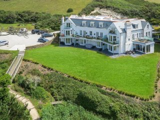 6 Whitehouse (06WHHO) - Mawgan Porth vacation rentals