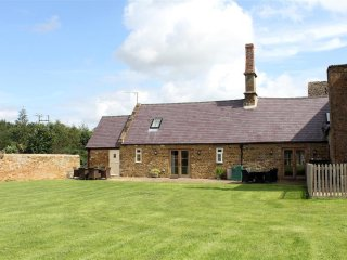Nice Cottage with Television and Microwave - Mollington vacation rentals