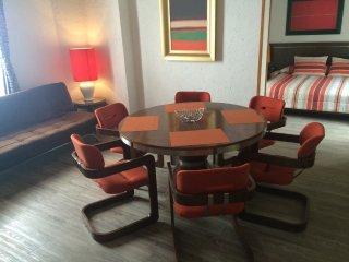 RETRO STUDIO 5 BLOCKS AWAY FROM CONDESA, IDEAL 4 COUPLES (S4) - Mexico City vacation rentals