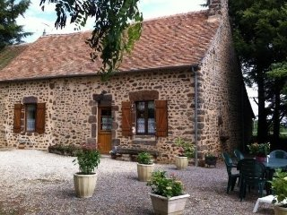 Nice House with Balcony and Microwave - Mezieres sous Lavardin vacation rentals
