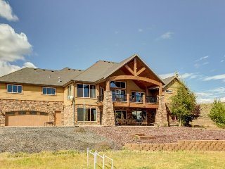 Lavish, secluded home w/game room & patios on 50 acres! - Kamas vacation rentals