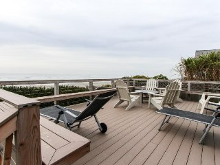 Oceanfront home w/ a private deck, amazing views & private stairs to the beach! - Yachats vacation rentals