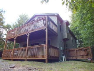 Four Seasons Vacation Home - Lake Harmony vacation rentals