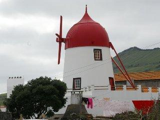 Moinho Mó da Praia (até 6 pessoas junto à praia) - Santa Cruz Graciosa vacation rentals