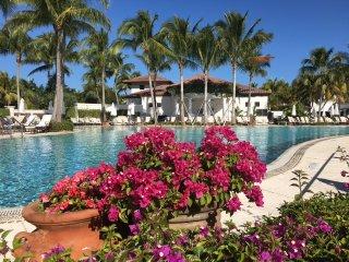 Stylish 4-bedroom condo at Miromar Lakes Community - Estero vacation rentals