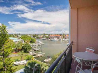 2 bedroom Condo with Internet Access in Madeira Beach - Madeira Beach vacation rentals