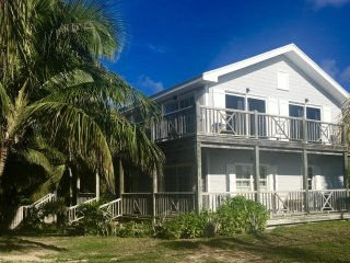 Cozy Dunmore Town House rental with Balcony - Dunmore Town vacation rentals