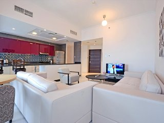 Nice Condo with Internet Access and Washing Machine - Dubai Marina vacation rentals