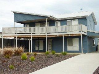 Spacious 4 bedroom House in Normanville - Normanville vacation rentals
