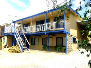 Bright 5 bedroom Second Valley House with Balcony - Second Valley vacation rentals