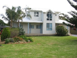 Gorgeous 3 bedroom Vacation Rental in Carrickalinga - Carrickalinga vacation rentals
