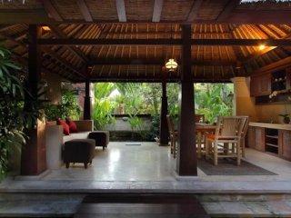 Balinese Bungalow 1BR near Canggu Beach - Kuta vacation rentals