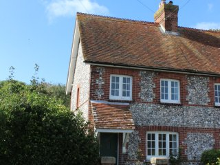3 bedroom House with Internet Access in East Dean - East Dean vacation rentals