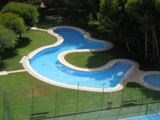 5th Floor 2 Bed Apartment + Communal Pool + Lift - Dehesa de Campoamor vacation rentals
