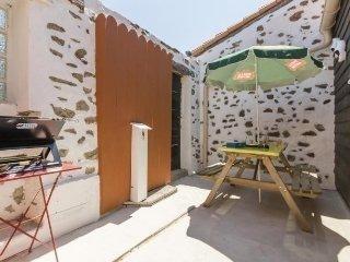 Nice 2 bedroom House in Saint Colomban - Saint Colomban vacation rentals