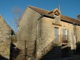 MOULINS LE CARBONNEL - 4 pers, - Moulins-le-Carbonnel vacation rentals