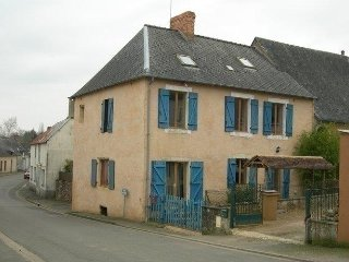 Nice House with Internet Access and Television - Joue En Charnie vacation rentals