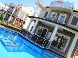 RENT A LUXURY VACTION VILLA - Yaniklar vacation rentals