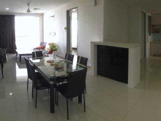Homestay KL Condo 3 Bilik Suasana Lumayan - Cheras vacation rentals