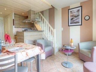 Cozy 2 bedroom House in La Turballe with Television - La Turballe vacation rentals
