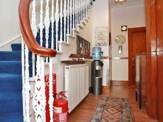 CitiHouse Guest House - Twin Rm w/ Shared BathRm - Aberdeen vacation rentals