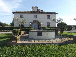 Nice Villa with Internet Access and A/C - Brolio vacation rentals