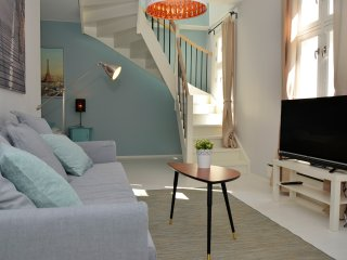 Stylish & modern apartment, super central #406 - Oslo vacation rentals