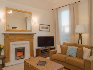 The West End Retreat at Lynedoch Place - The Edinburgh Address - Edinburgh vacation rentals