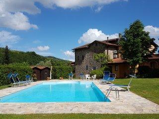 5 bedroom Farmhouse Barn with Internet Access in Nievole - Nievole vacation rentals