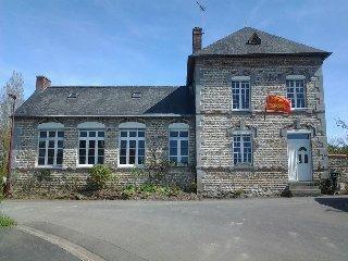 La Petite École de la Baie : DI SARLI - Curey vacation rentals