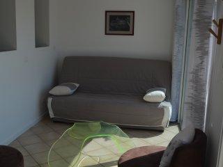 T2 LA BOUILLADISSE rdc de maison - La-Bouilladisse vacation rentals