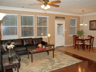 Fully Furnished 3 Bed / 2.5 Bath in Katy, Texas - Katy vacation rentals