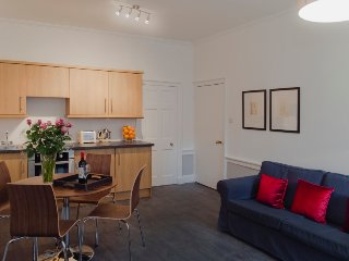 New Town Chic at Northumberland Street - The Edinburgh Address - Edinburgh vacation rentals