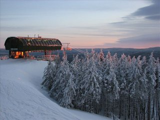 Soaring Eagle 102- Ski in/Ski out, Best views! - Snowshoe vacation rentals
