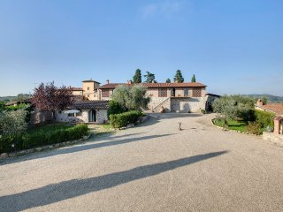 Farmhouse in the Chianti Classico area, App. 2+1g - Strada in Chianti vacation rentals
