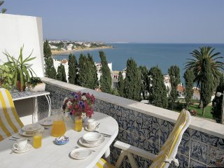 1 Bedroom Penthouse Apartment with Stunning Views - Albufeira vacation rentals