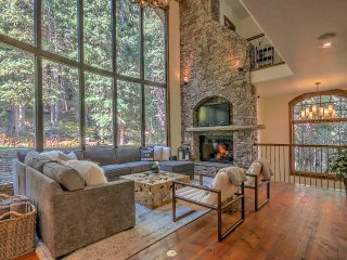 "Ski in/ski out ""Warm Mountain Modern Luxe"" - Winter Park vacation rentals"