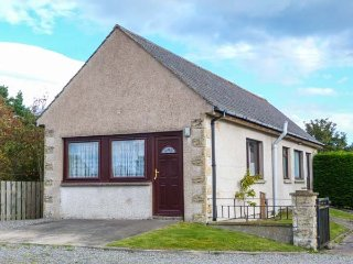 RANNOCH COTTAGE, all ground floor, open plan in Culloden Moor Ref 943311 - Culloden Moor vacation rentals