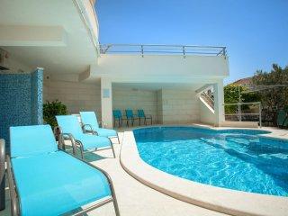 Brela-Relax A1 (4+2) - Brela vacation rentals