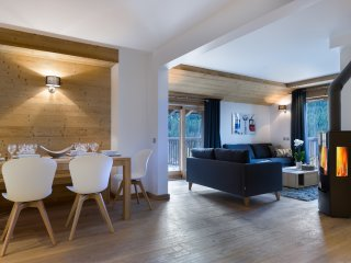 Beautiful Courchevel vacation Apartment with Balcony - Courchevel vacation rentals