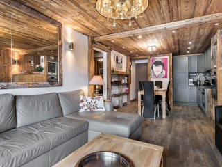 Cozy Condo in Val d'Isère with Internet Access, sleeps 6 - Val d'Isère vacation rentals